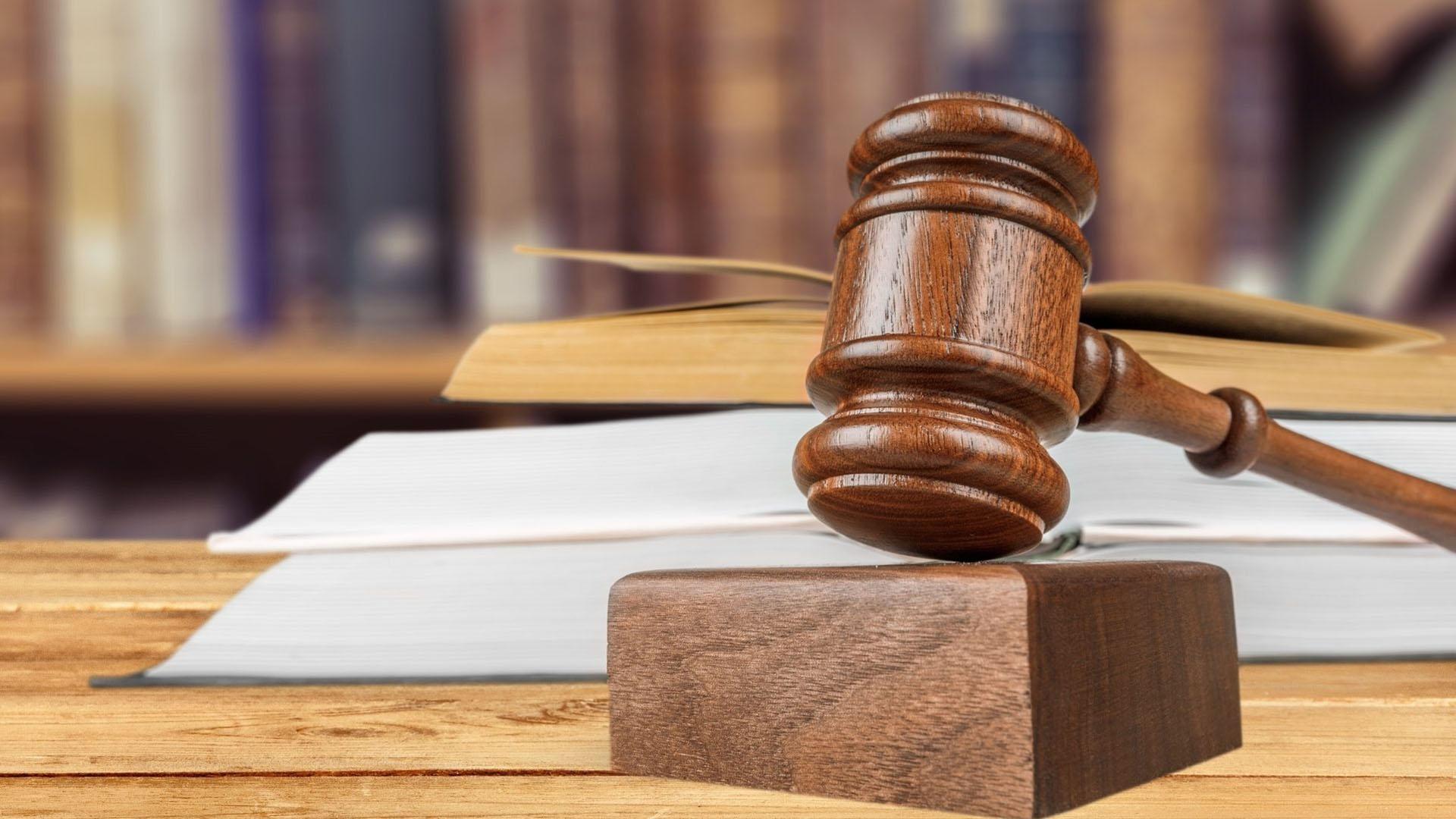 Komornik Sądowy przy Sądzie Rejonowym w Świeciu - Łukasz Amrozy